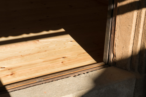 土蔵入口床の写真