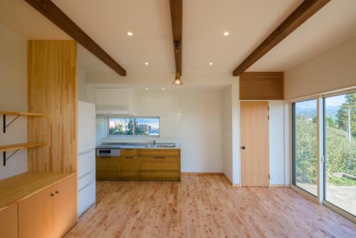S邸キッチンと収納1