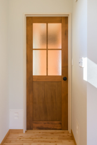 S邸ドア1