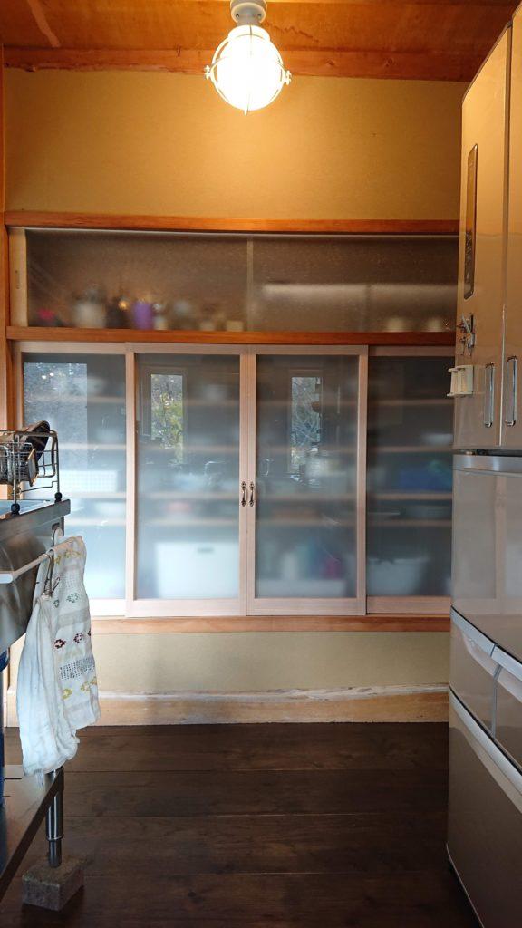 自邸食器棚建具
